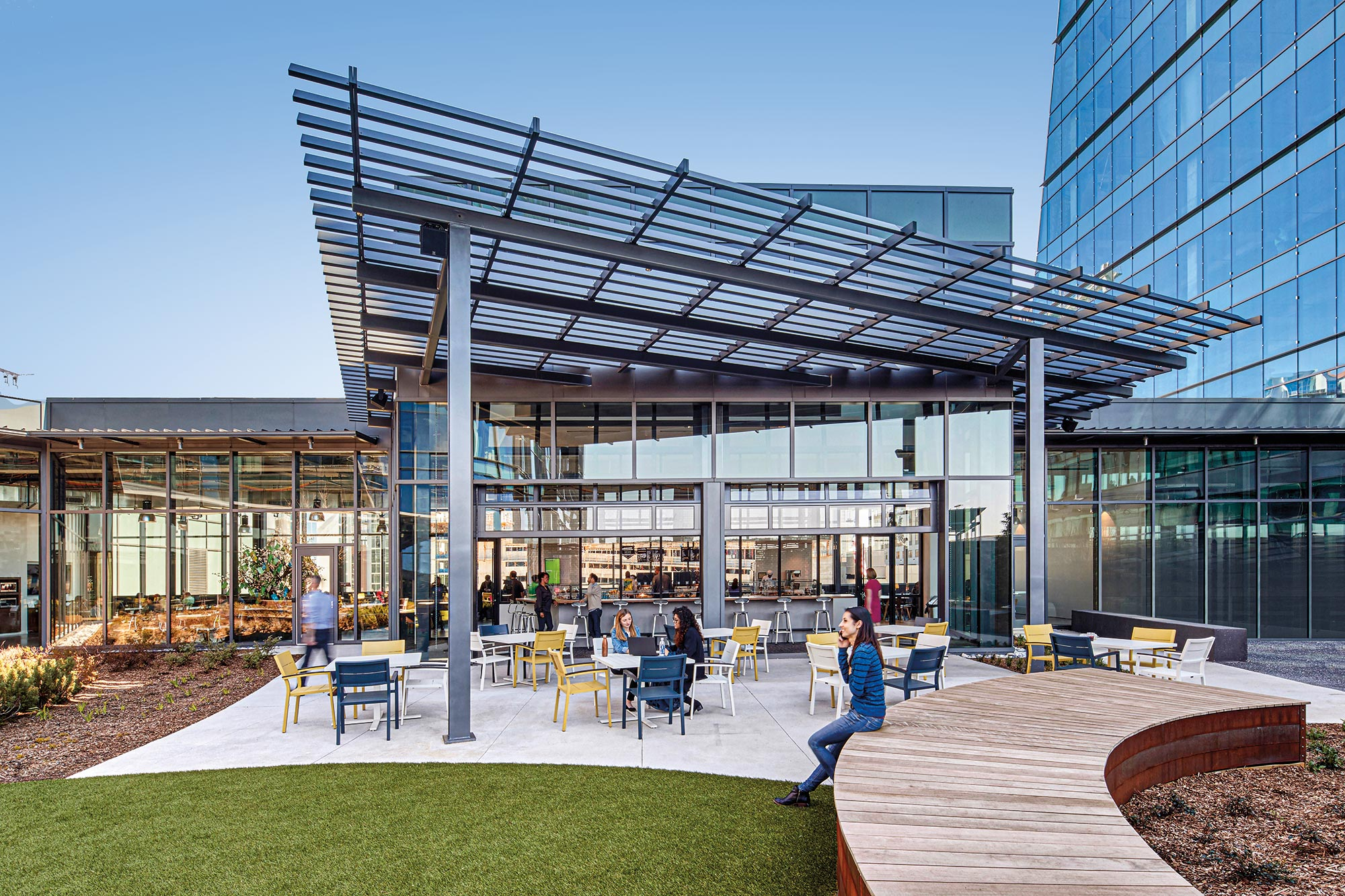 Employees utilizing a landscaped roof terrace at NCR Midtown, Atlanta